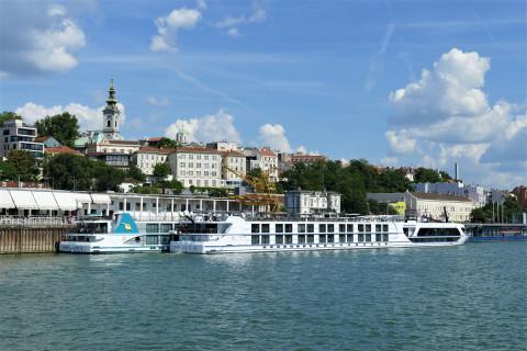 Belgrade summer at Mona Plaza Hotel